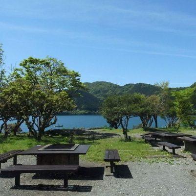 キャンプ場アウトドアウェディング、湖のイメージ