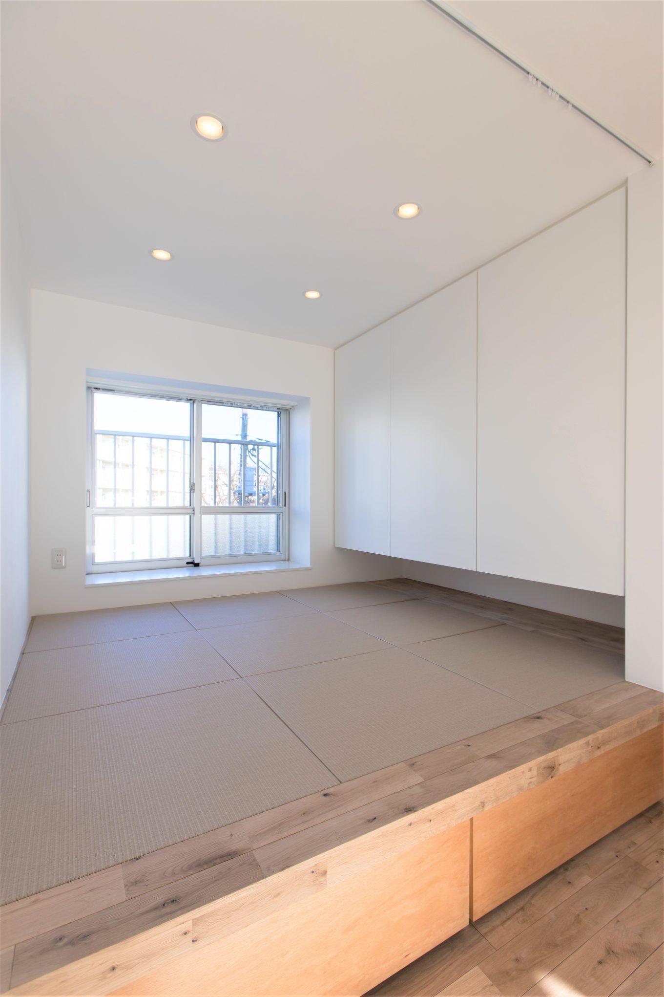 小上がりのモダン和室で落ち着く空間造り
